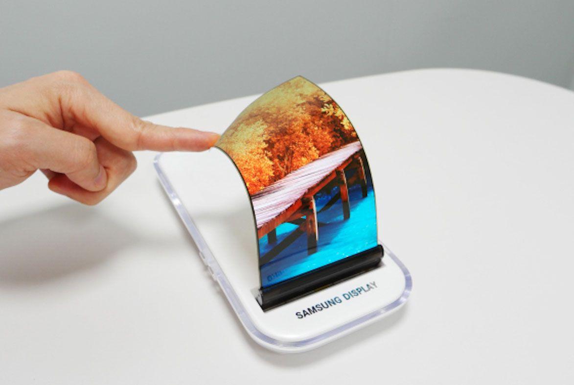OLED elastico: per Samsung è il futuro dei display