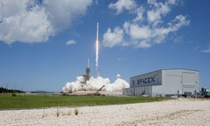 SpaceX CRS-12 Liftoff