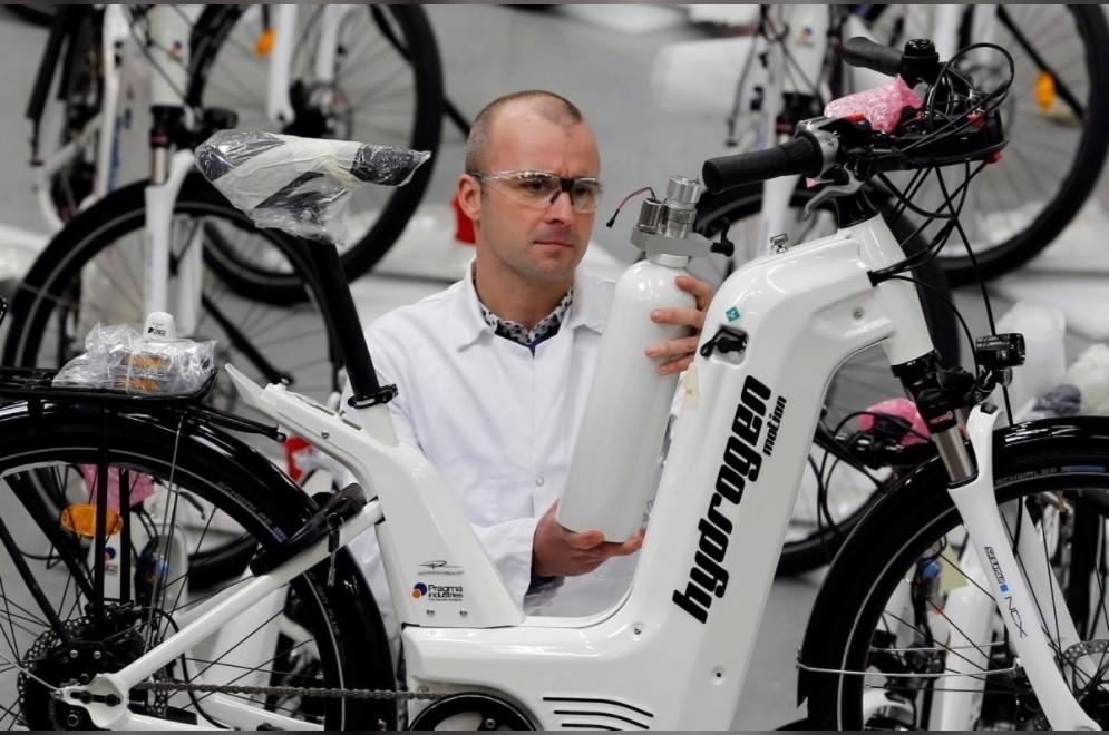 Alpha è una bicicletta a idrogeno con 100 KM di autonomia 1