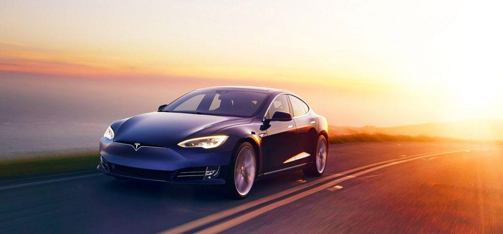 Tesla ha bruciato $675 milioni nel solo ultimo trimestre 2