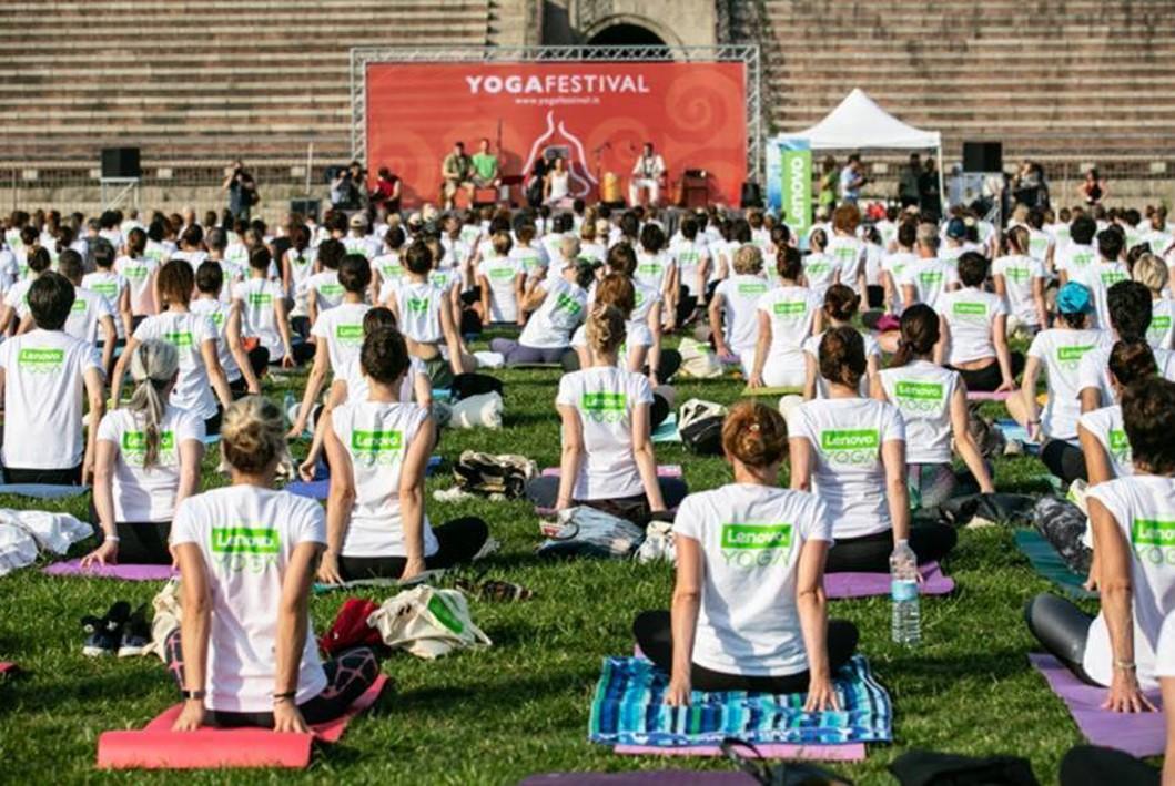 Lenovo Yoga Day
