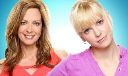 Serie TV Mom Mediaset Premium
