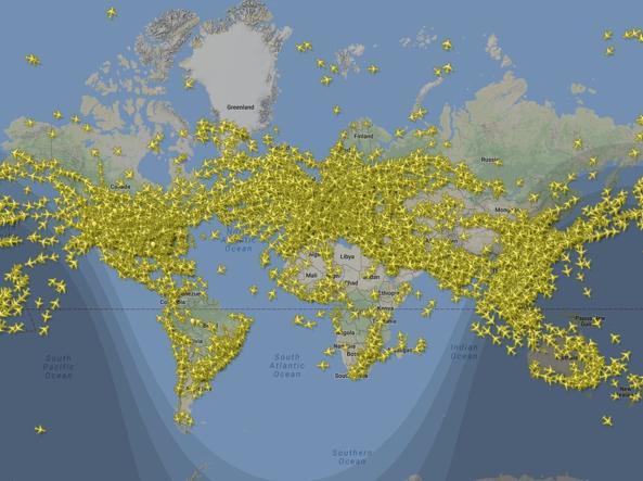 30 giugno da record: oltre 200.000 voli aerei in sole 24 ore 1