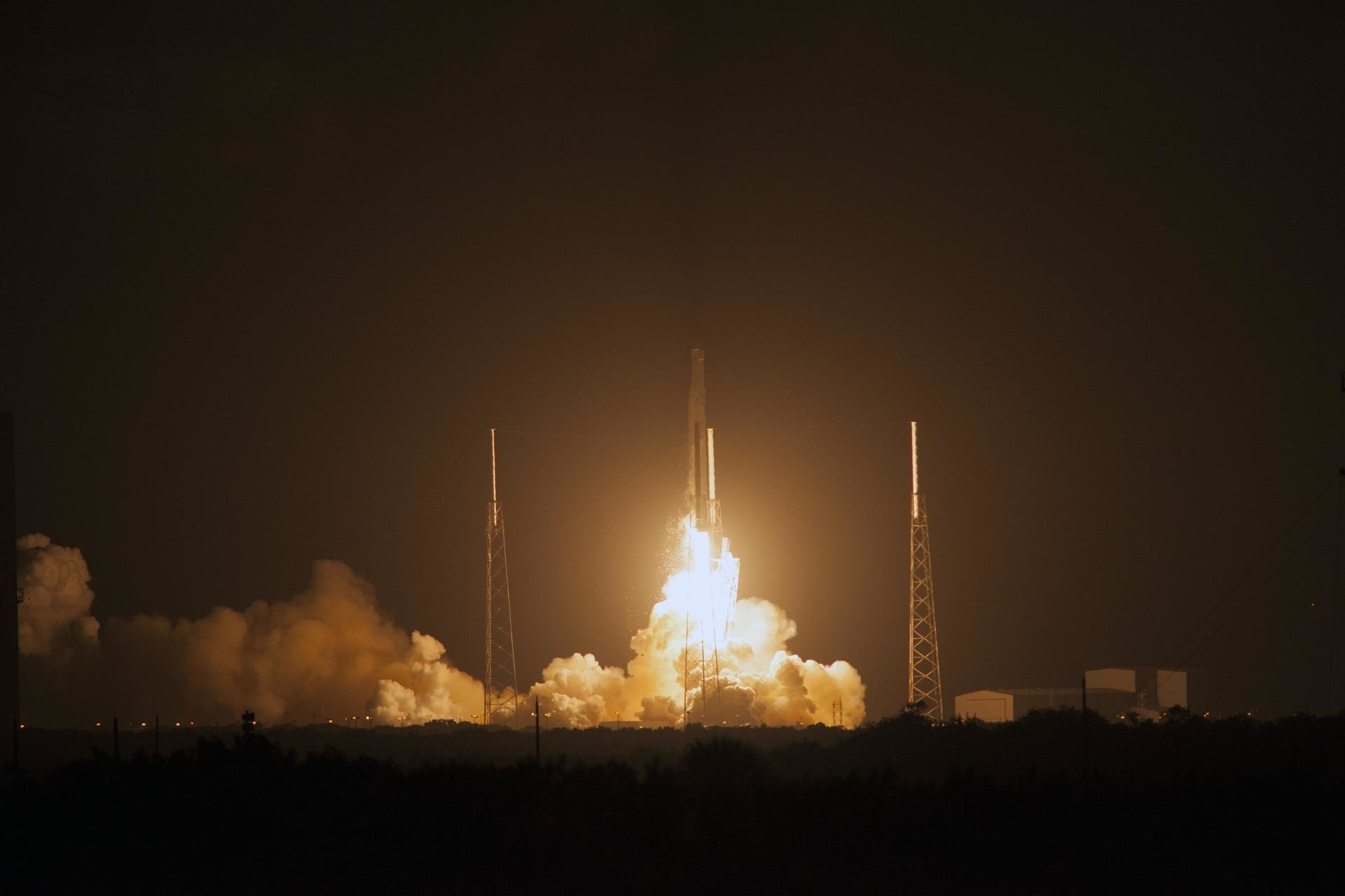 NASA UAE spazio