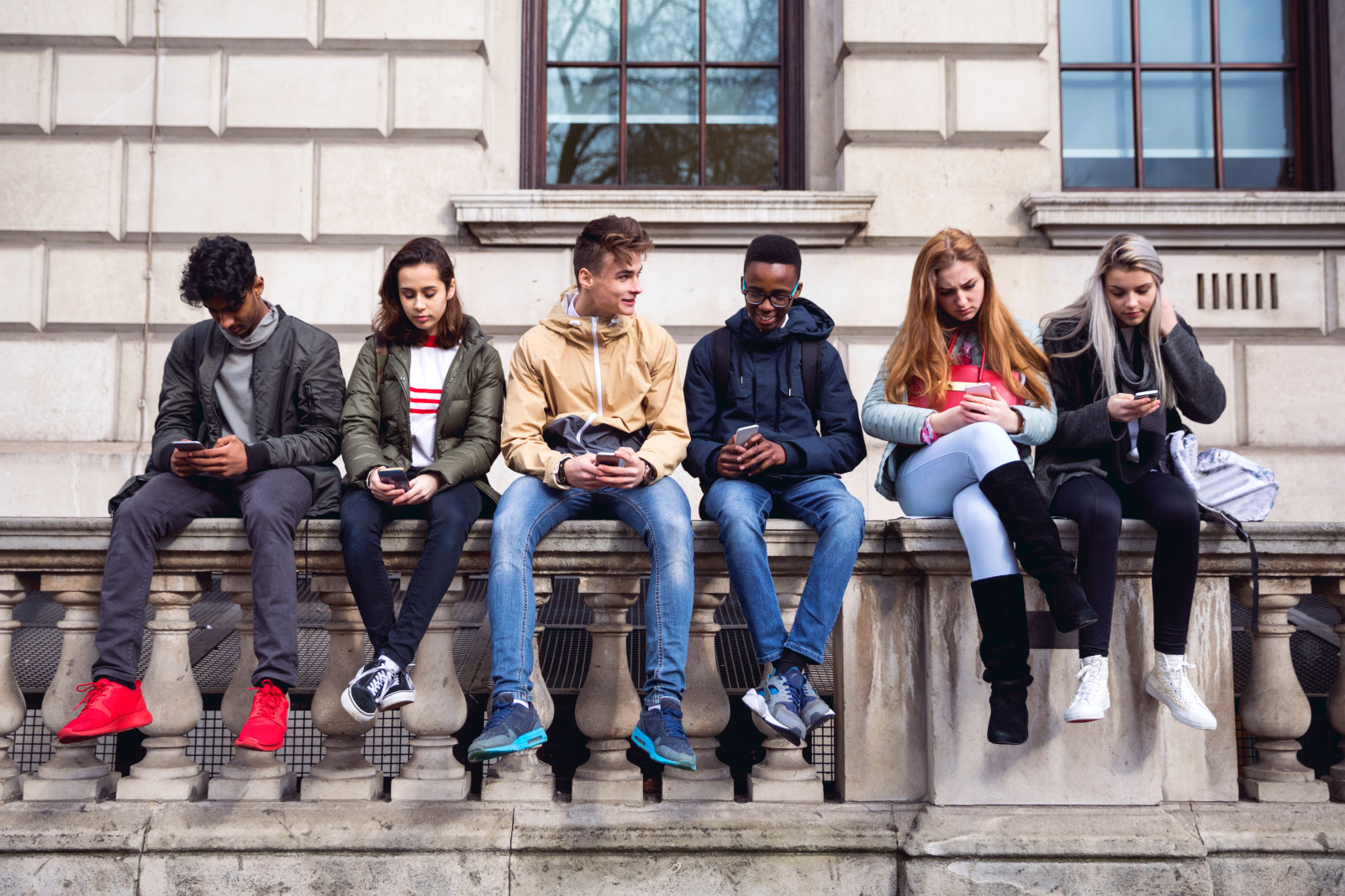 Abuso di chat e social? Favorisce lo sviluppo di un deficit
