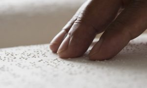 e-book reader Braille