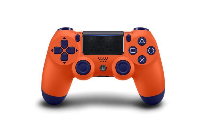 Disponibili 4 nuovi e coloratissimi DualShock 4 per PS4 2
