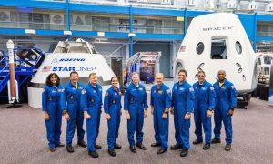 NASA equupaggia SpaceX Dragon e Boeing