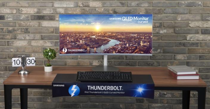 Samsung presenta il nuovo monitor CJ79 con tecnologia QLED con Thunderbolt 3 1
