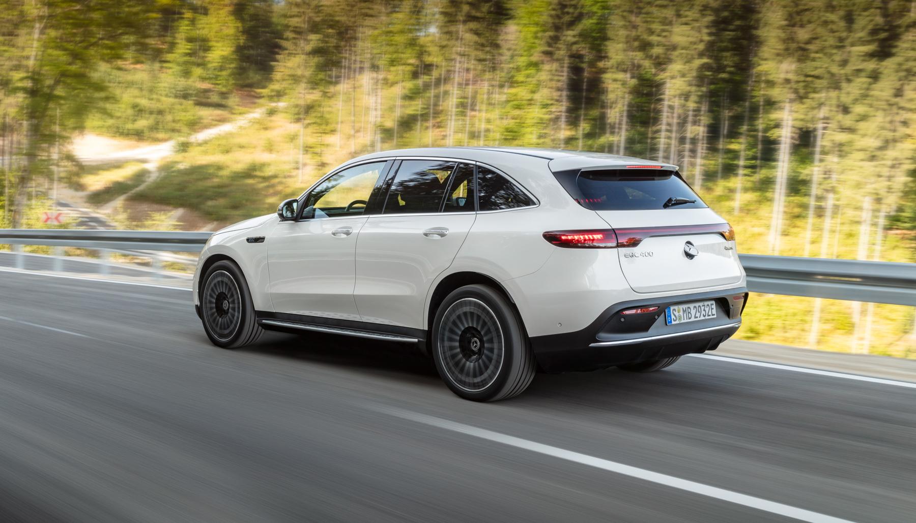 Mercedes-Benz presenta EQC, il suo primo SUV elettrico 1