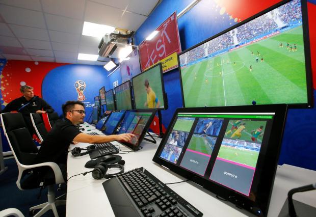 Il VAR sarà utilizzato nella UEFA Champions League dal prossimo anno 1