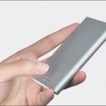 Xiaomi presenta un porta carte di credito metallico con il marchio MIIW 2