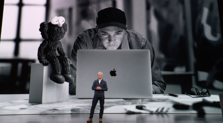 Apple MacBook Air Tim Cook