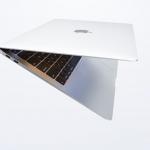 Apple presenta i nuovi MacBook Air con display Retina e TouchID 2