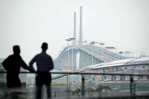 Cina ponte più lungo al mondo connettività 5G