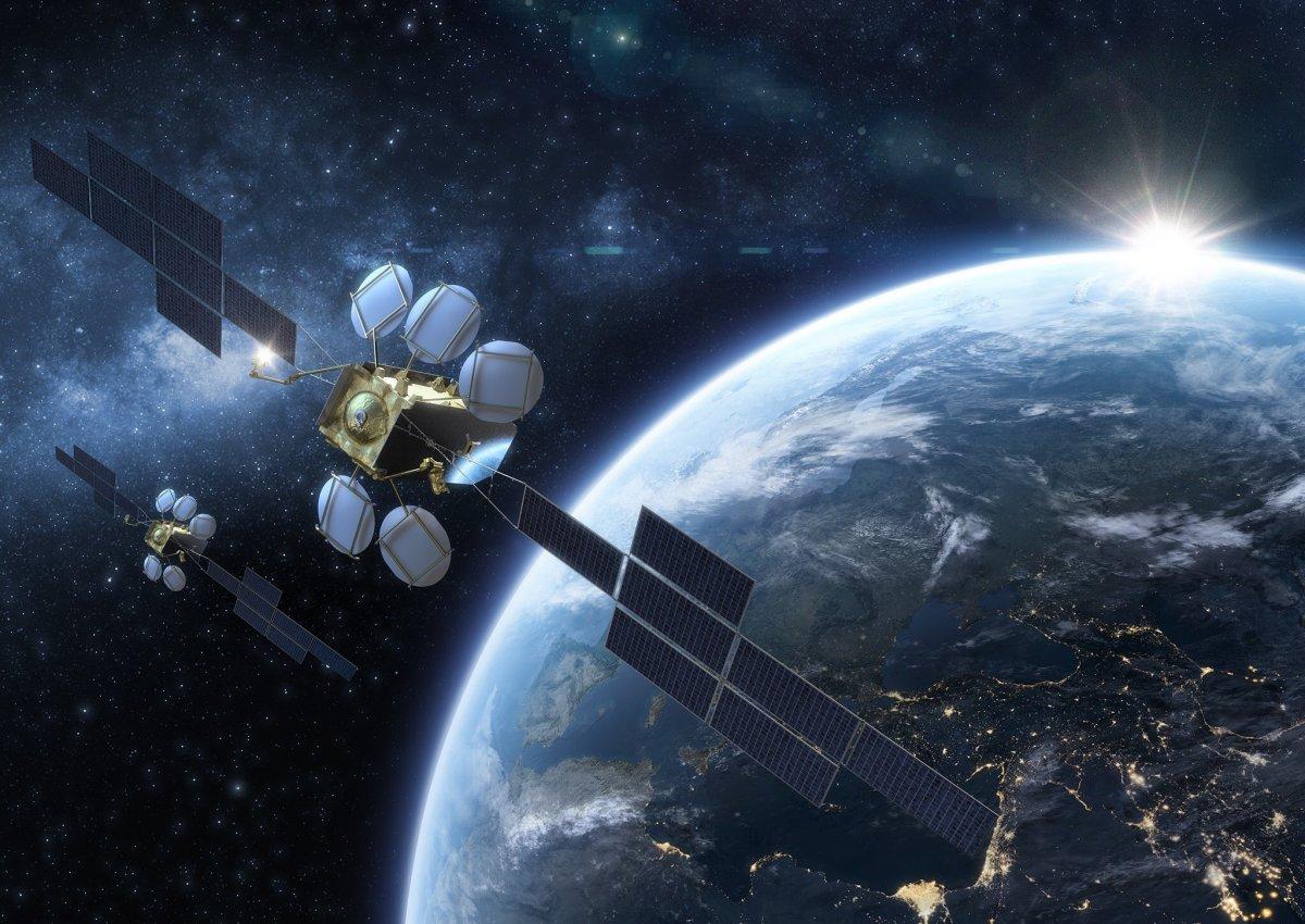 Eutelsat satelliti HOTBIRD 13° Est