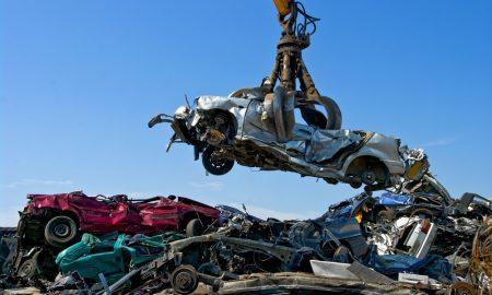 La Lega propone 1000 euro per rottamare la vecchia auto