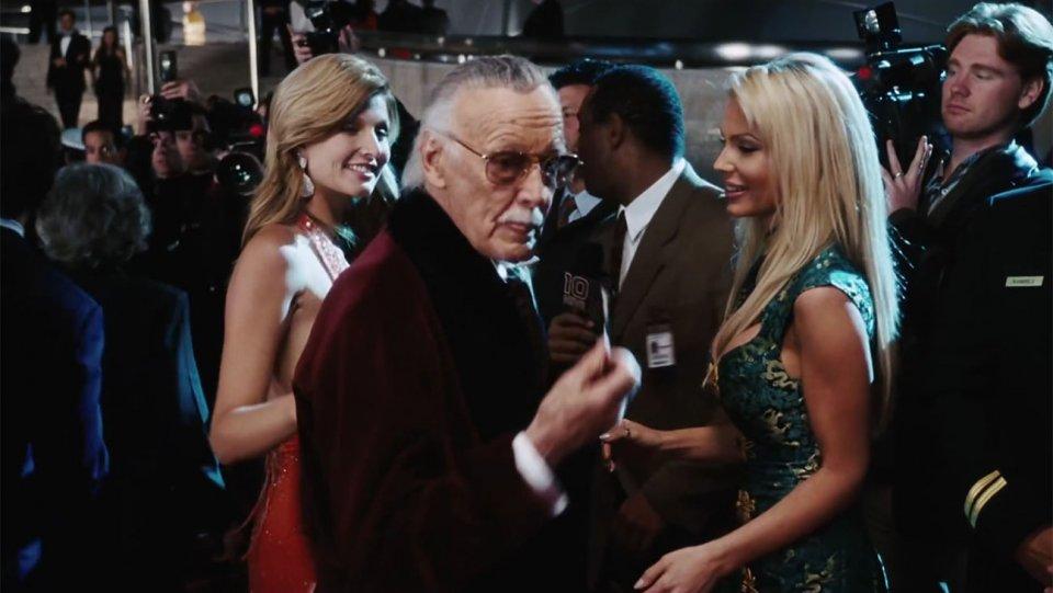Stan Lee, padre degli eroi Marvel, è morto a 95 anni 1