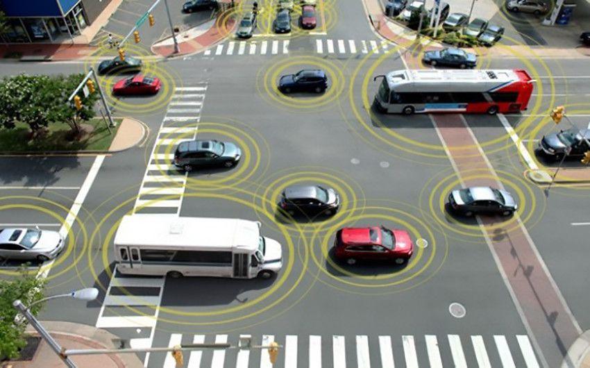 Rete 5G e tecnologia C-V2X alla base della sicurezza stradale con le auto a guida autonoma e semi autonoma 1