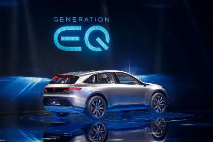 Mercedes a testa bassa sulle auto elettriche con 23 miliardi di investimenti 1