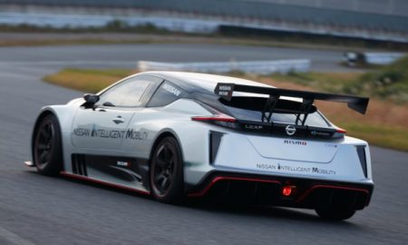 Nissan LEAF NISMO RC auto elettrica corsa (1)