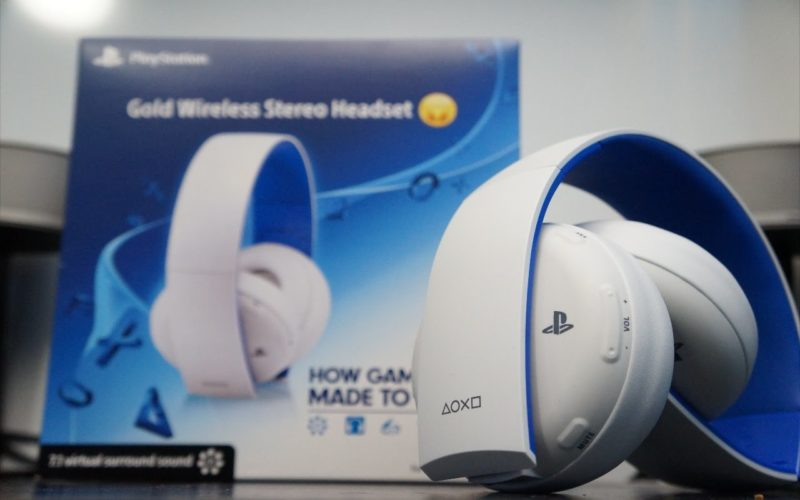 playstation gold wireless headset disponibili anche in. Black Bedroom Furniture Sets. Home Design Ideas