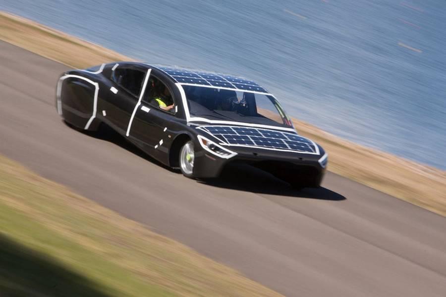 Violet auto solare