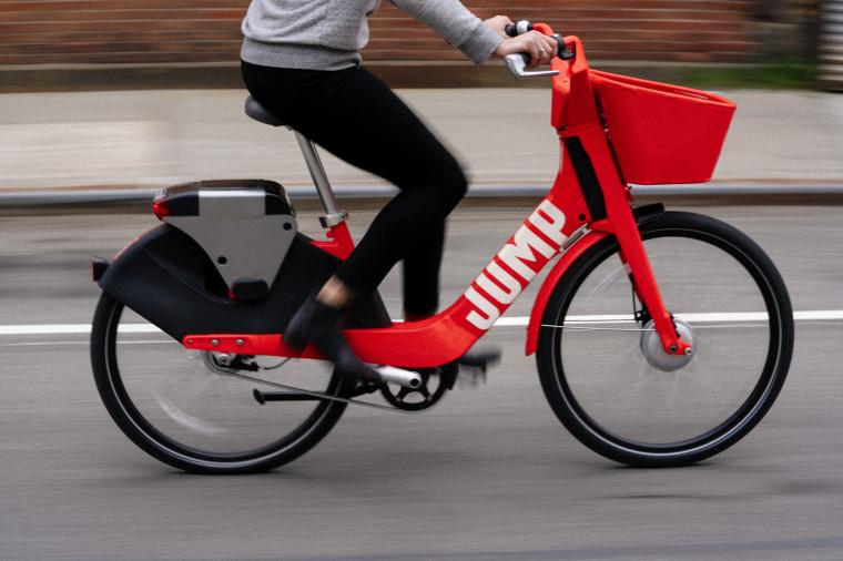 Uber Jump bici eelttriche guida autonoma