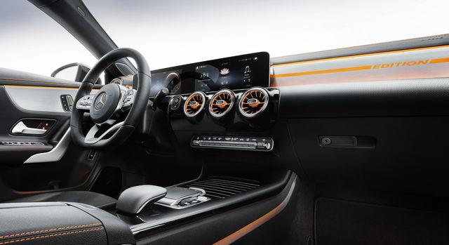 La nuova Mercedes CLA è una berlina con uno stile rivisitato e tanta tecnologia al suo interno 1