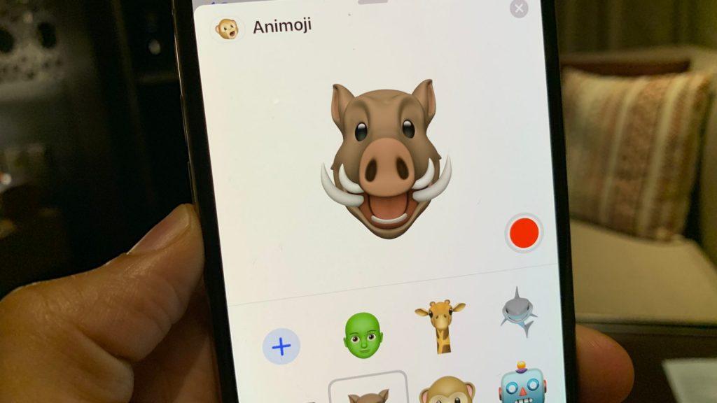 iOS 12.2 introduce 4 nuove Animoji, fra cui una giraffa, uno squalo, un facocero e un gufo 1