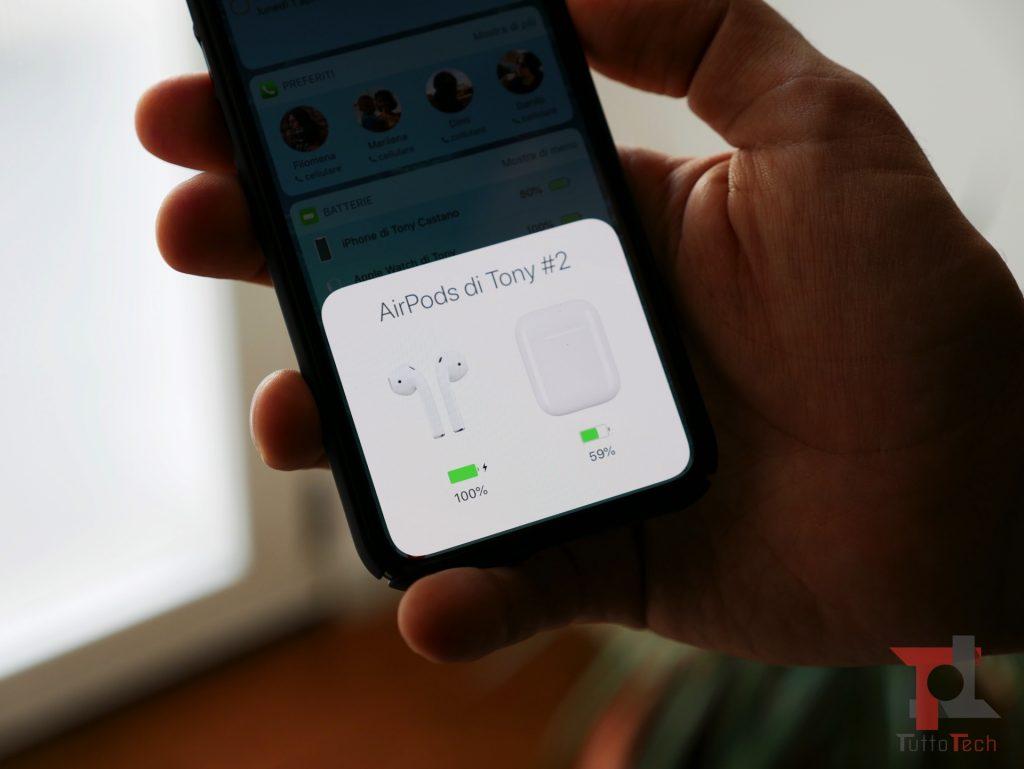 Recensione AirPods 2 (con ricarica wireless): Apple fa il compitino per rimanere al top 5