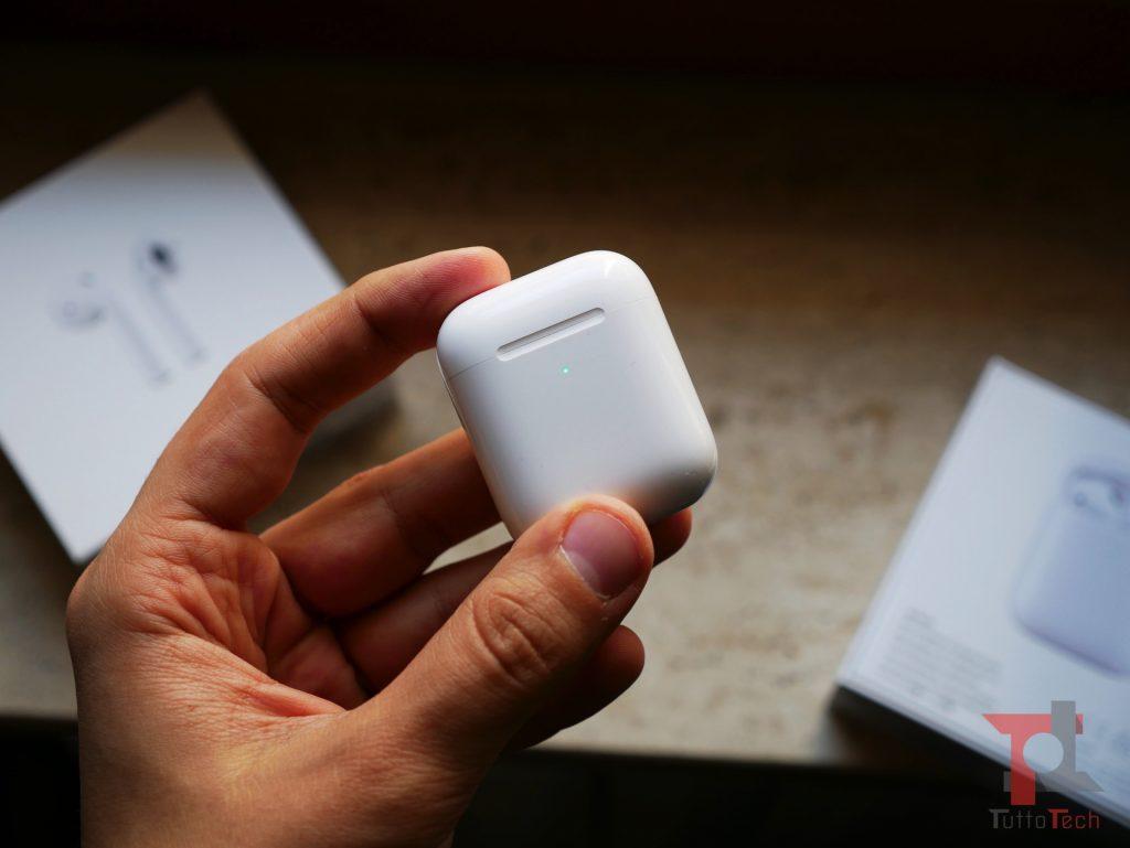 Recensione AirPods 2 (con ricarica wireless): Apple fa il compitino per rimanere al top 9