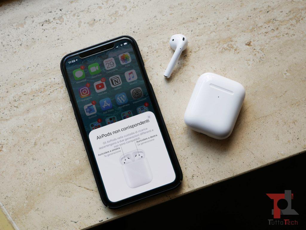 Recensione AirPods 2 (con ricarica wireless): Apple fa il compitino per rimanere al top 2