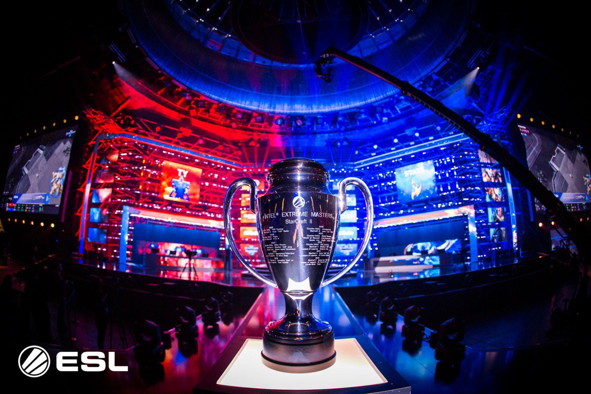 Dmax è la casa degli eSport, con il torneo di Fortnite in diretta 1