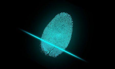 Scansione delle impronte o dell'iride al posto del cartellino per i dipendenti pubblici