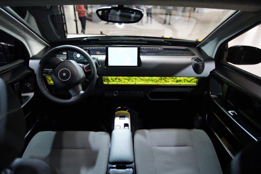 L'auto solare Sono Motors Sion in vendita da fine anno a 25.500 euro 2