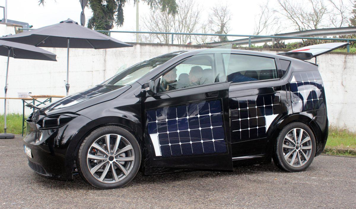 L'auto solare Sono Motors Sion in vendita da fine anno a 25.500 euro 1