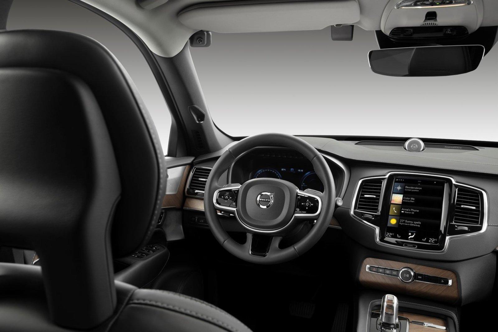 Volvo, presto telecamere per identificare conducenti ubriachi o distratti