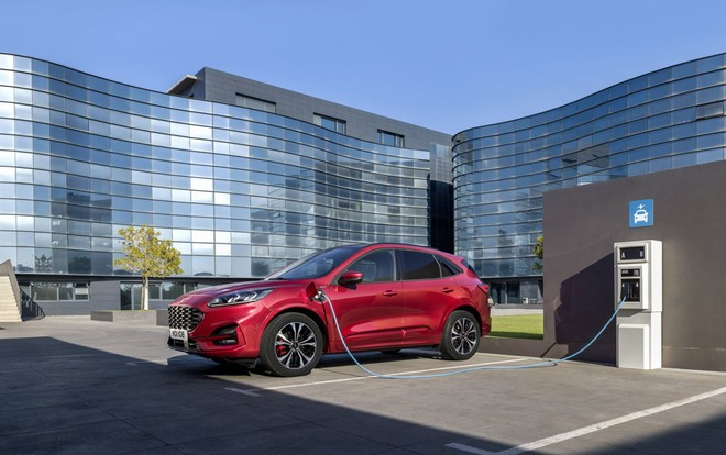 Ford Kuga 2019 ibrida