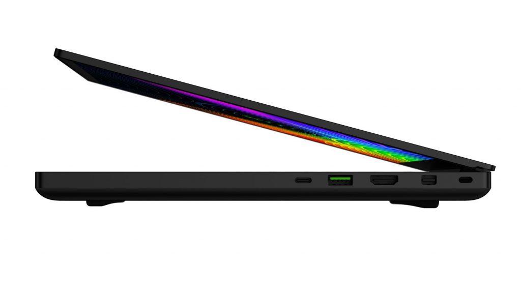 Razer Blade 15 ha tutto ciò che si può sognare: display OLED, CPU Intel Core di 9° gen e GPU Nvidia RTX 1
