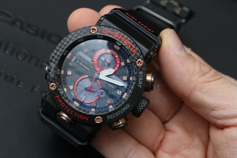 """G-SHOCK presenta la nuova collezione GWR B-1000 GRAVITY MASTER con orologi che usano la struttura """"Carbon Core Guard"""" 1"""