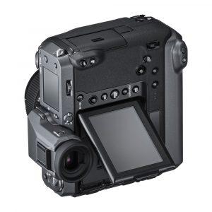 Fujifilm GFX100 è una super mirrorless da 102 Mpixel in arrivo il 27 giugno 2