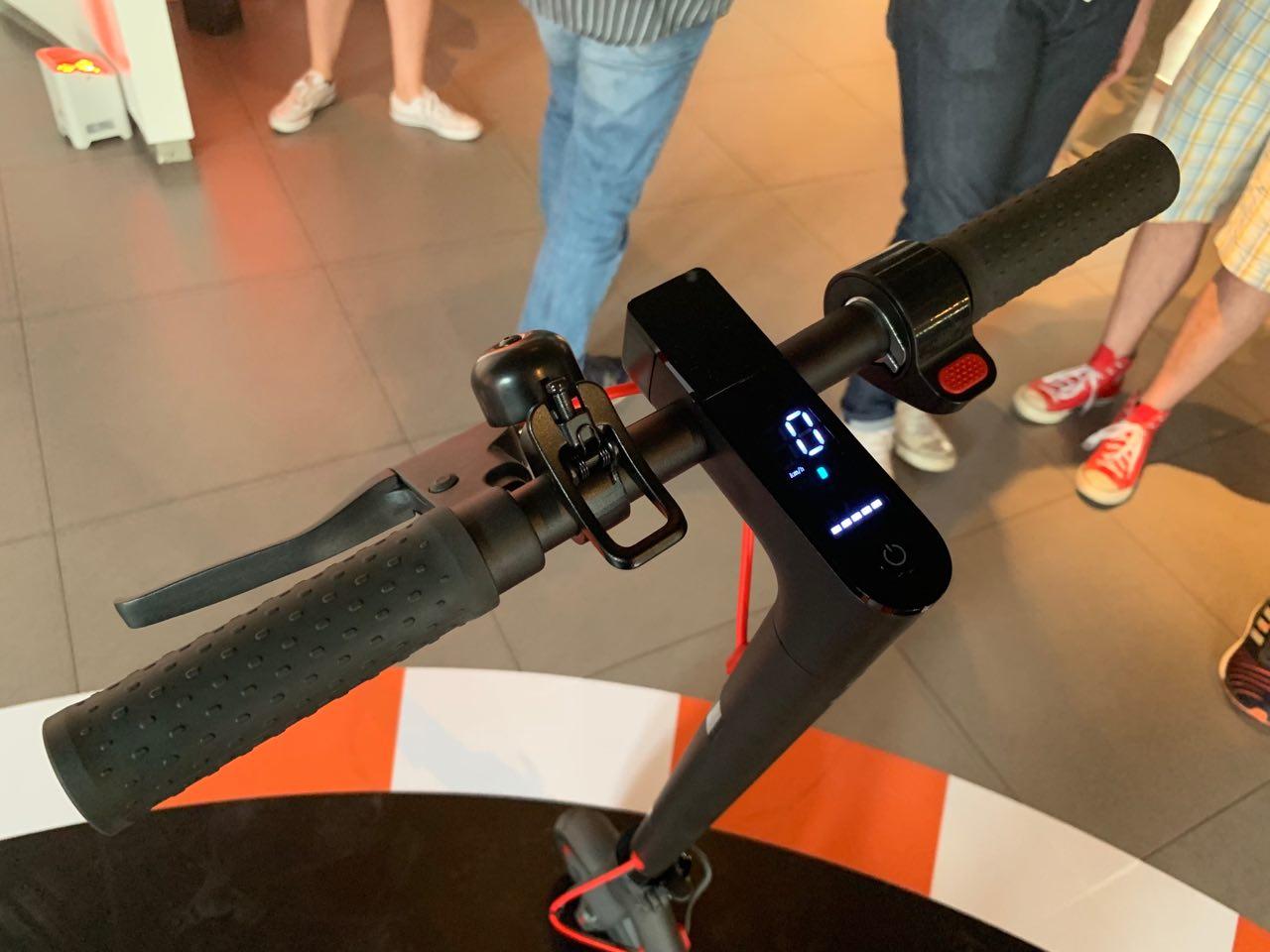 Xiaomi presenta il monopattino elettrico Mi Electric Scooter Pro 2