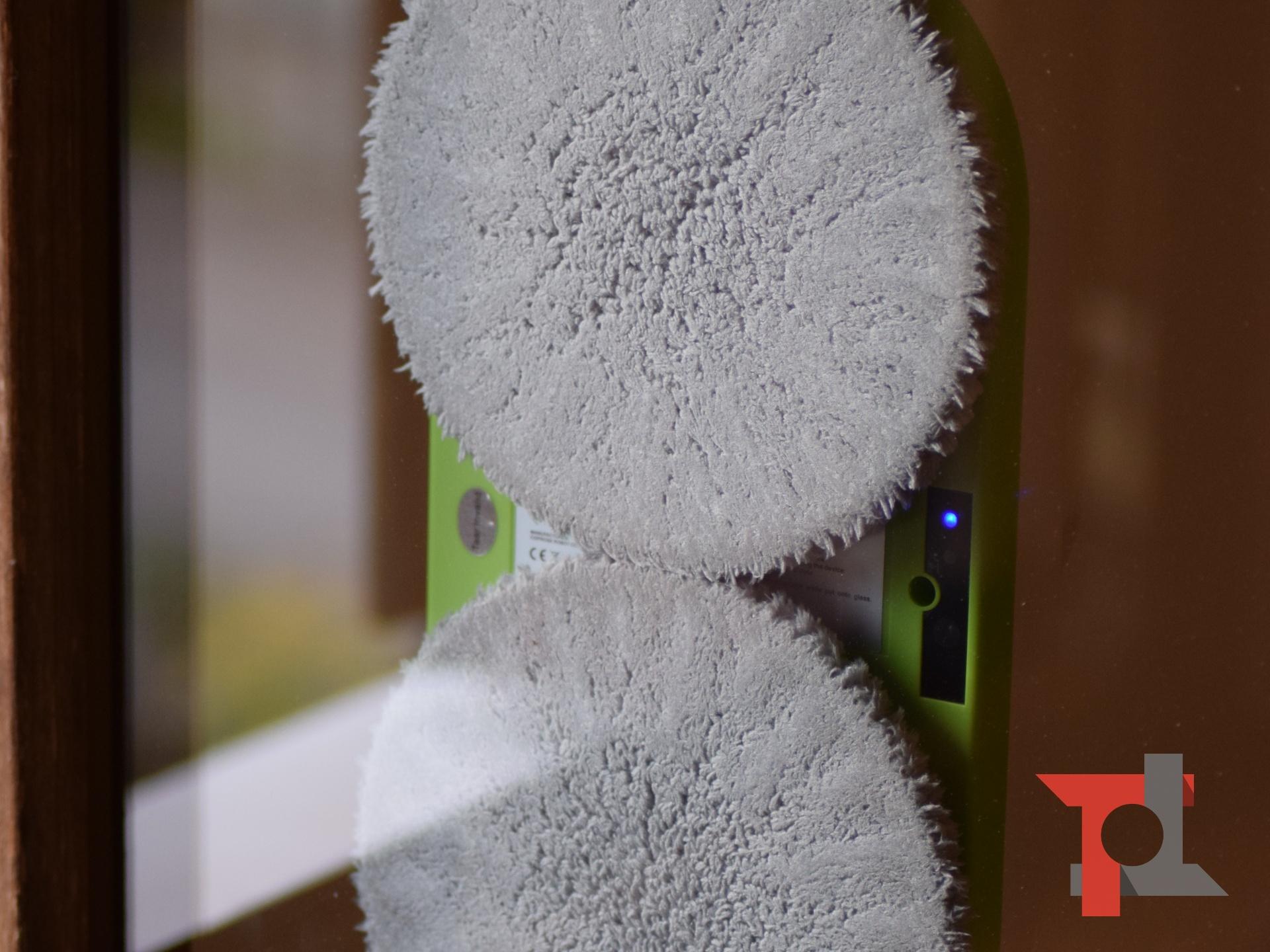 Recensione Alfawise S70, il robot per la pulizia dei vetri e delle finestre 6