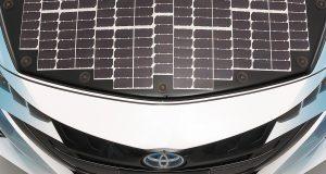 Toyota pannelli solari auto elettriche