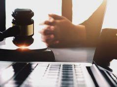 Apple causa legale tribunale