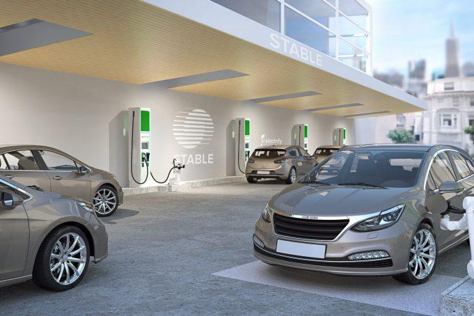 Volkswagen stazioni ricarica automatiche Electrify America