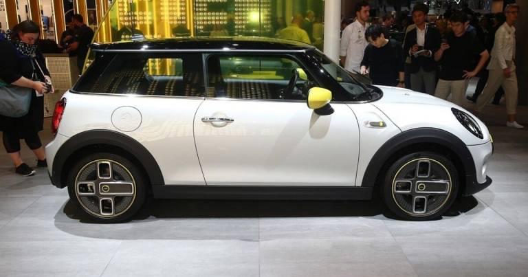 Mini Cooper SE, la Mini elettrica protagonista al Salone di Francoforte 2019 1