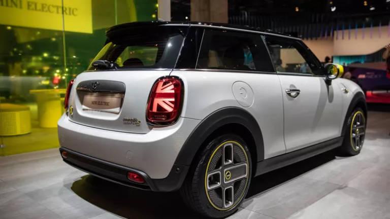 Mini Cooper SE, la Mini elettrica protagonista al Salone di Francoforte 2019 2