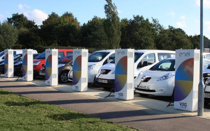 Nissan EDF insieme per la mobilità elettrica del futuro vehicle to grid